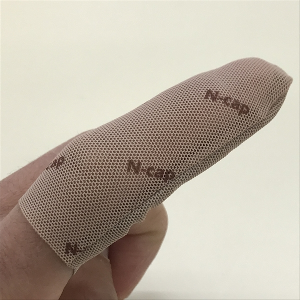 "Anti-Needle-Piercing finger cover ""N-Cap"""